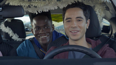 Alone Together 01x02 : Road Trip- Seriesaddict